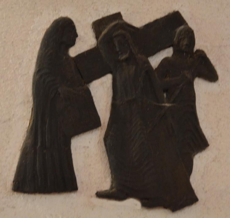 6- Sainte Véronique essuie le visage de Jésus