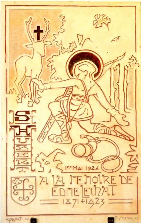 Hommage à St-Hubert-Tableau en pierre dessiné par Gérard Ansart et gravé par Marcel Sueur