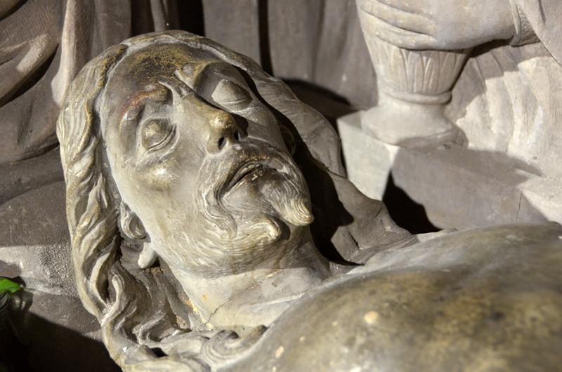 La tête du Christ (en bois)