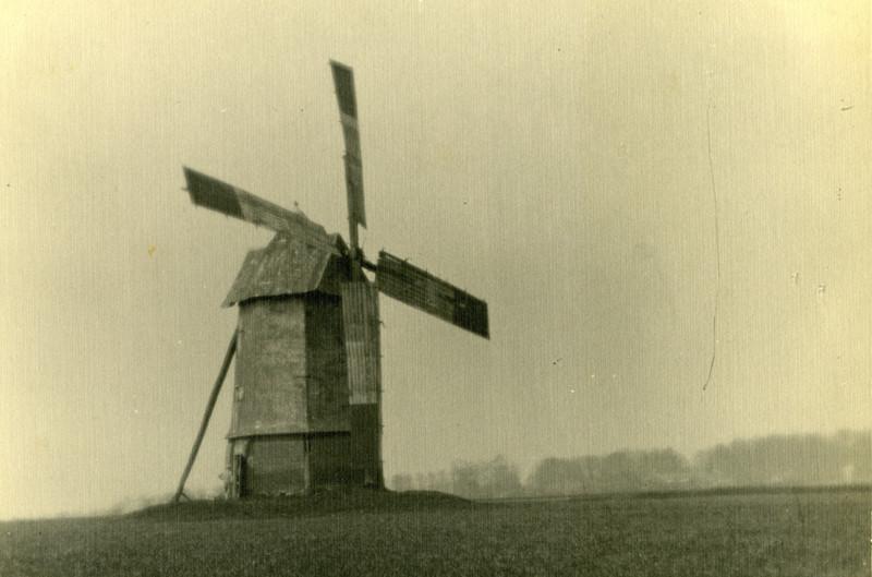 Mirvaux- 1930