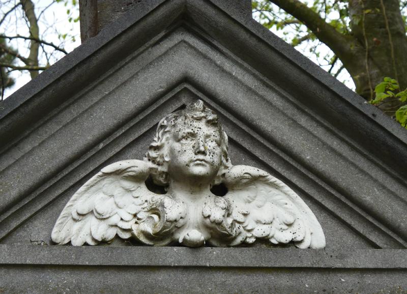 Tombe de la famille Trouille-Flinois