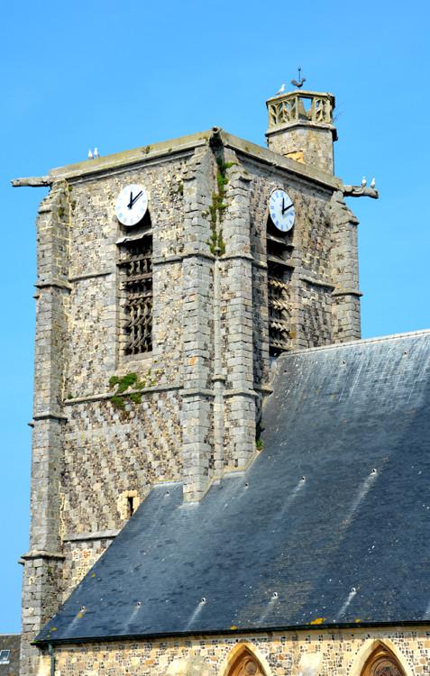 La tour de l'église Saint-Pierre d'Ault