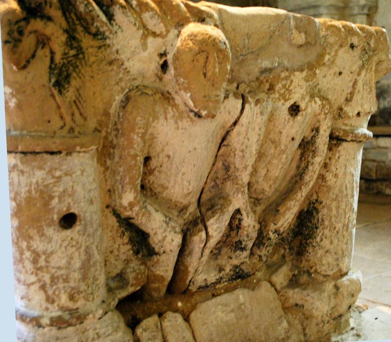 Fonts baptismaux de l'église N-D d'Airaines
