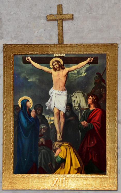 La crucifixion: 12e station du chemin de croix