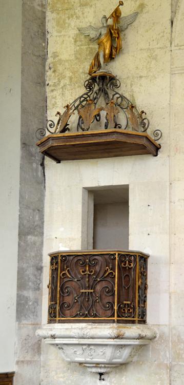Eglise de Wailly (Conty): une chaire en fer forgé par Veyren