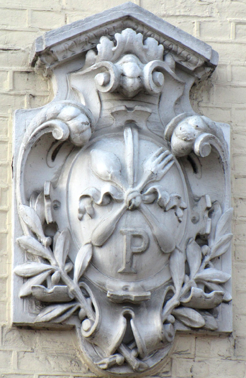 Blason de métier à Flixecourt- Photo: Jacques Fouré