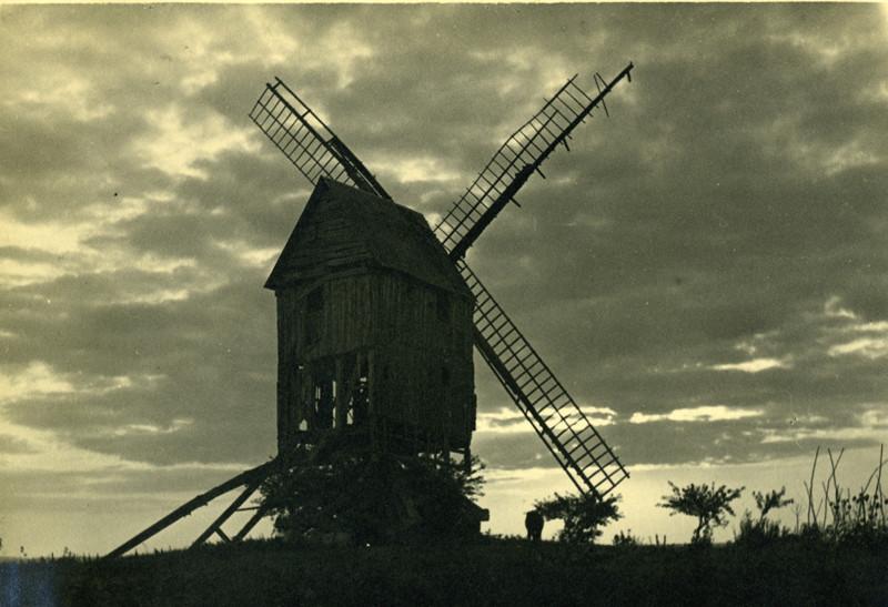 Briquemesnil- 1930