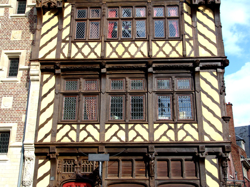 Premier et deuxième étage de la Maison du Pèlerin