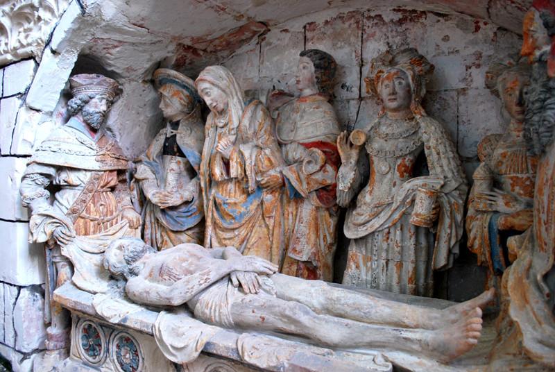 Le sépulcre de l'église d'Oust-Marest