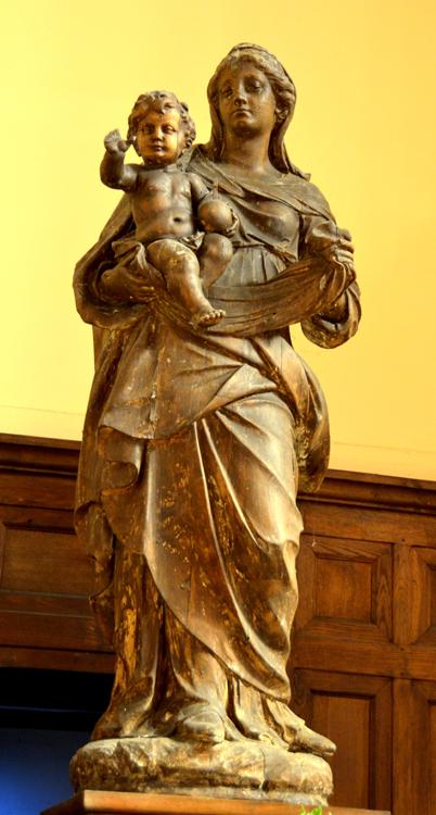 Eglise de Villers-Bretonneux: Vierge à l'Enfant attribuée à Nicolas Blasset