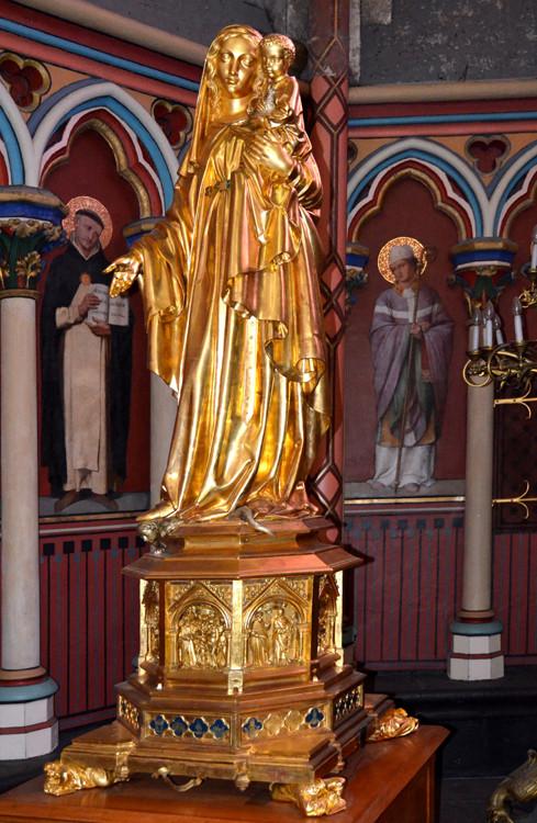 La Vierge de la Chapelle du Sacré Coeur
