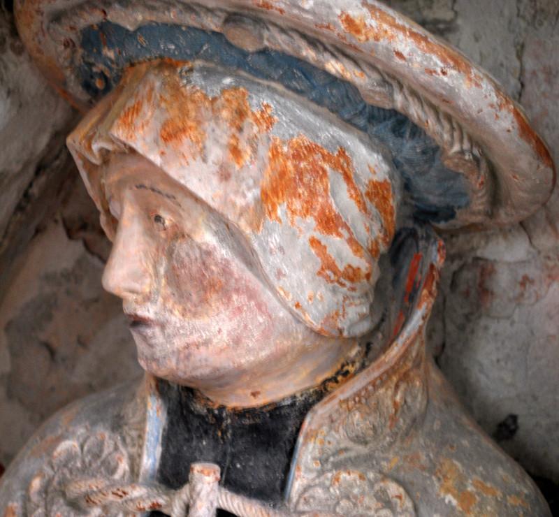 Le sépulcre de l'église d'Oust-Marest- Une sainte femme