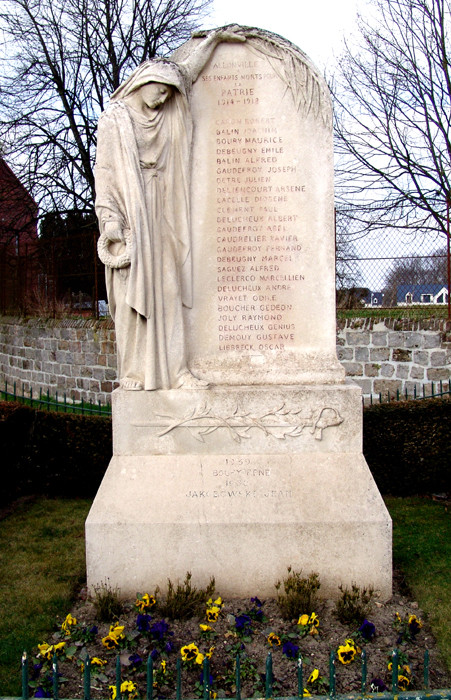 Le monument aux Morts d'Allonville