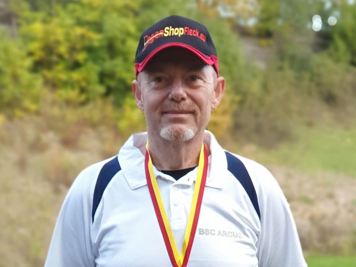 Gerald Lehninger erhält Silbermedaille in Mattersburg