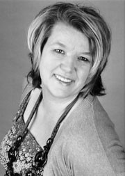 Kirsten Sörensen (Mary Featherstone)