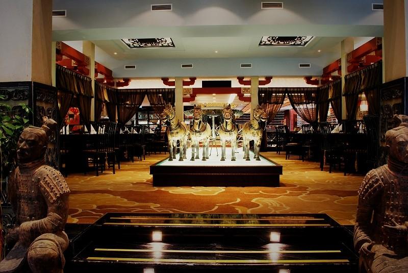 home chinesisches restaurant royal garden berlin. Black Bedroom Furniture Sets. Home Design Ideas