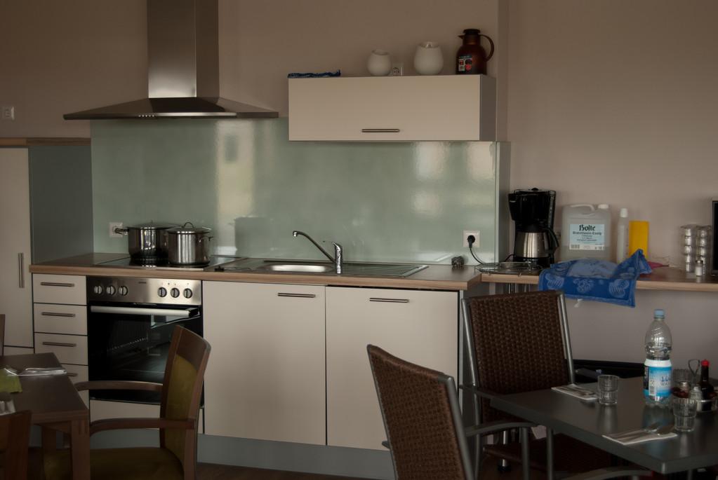 Küchenzeile im Wohncafé des Service-Wohnen III