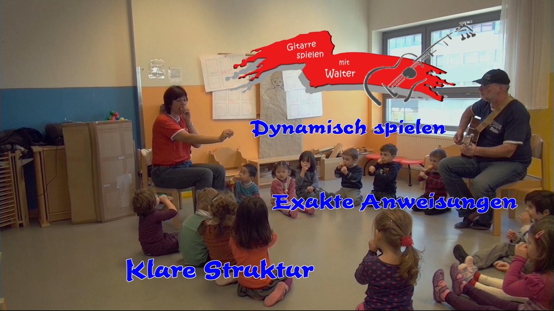 Dynamisch spielen und Kinder fesseln