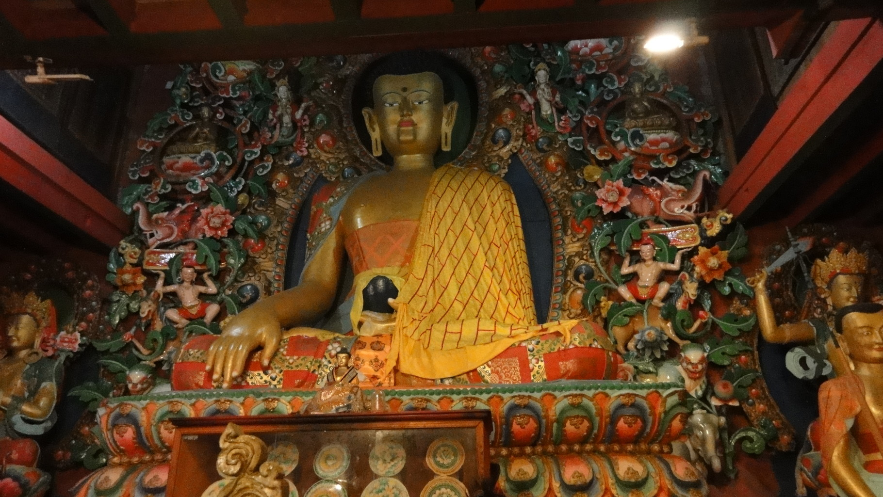 Ruhe und Ehrfurcht in der spirituellen Welt erleben