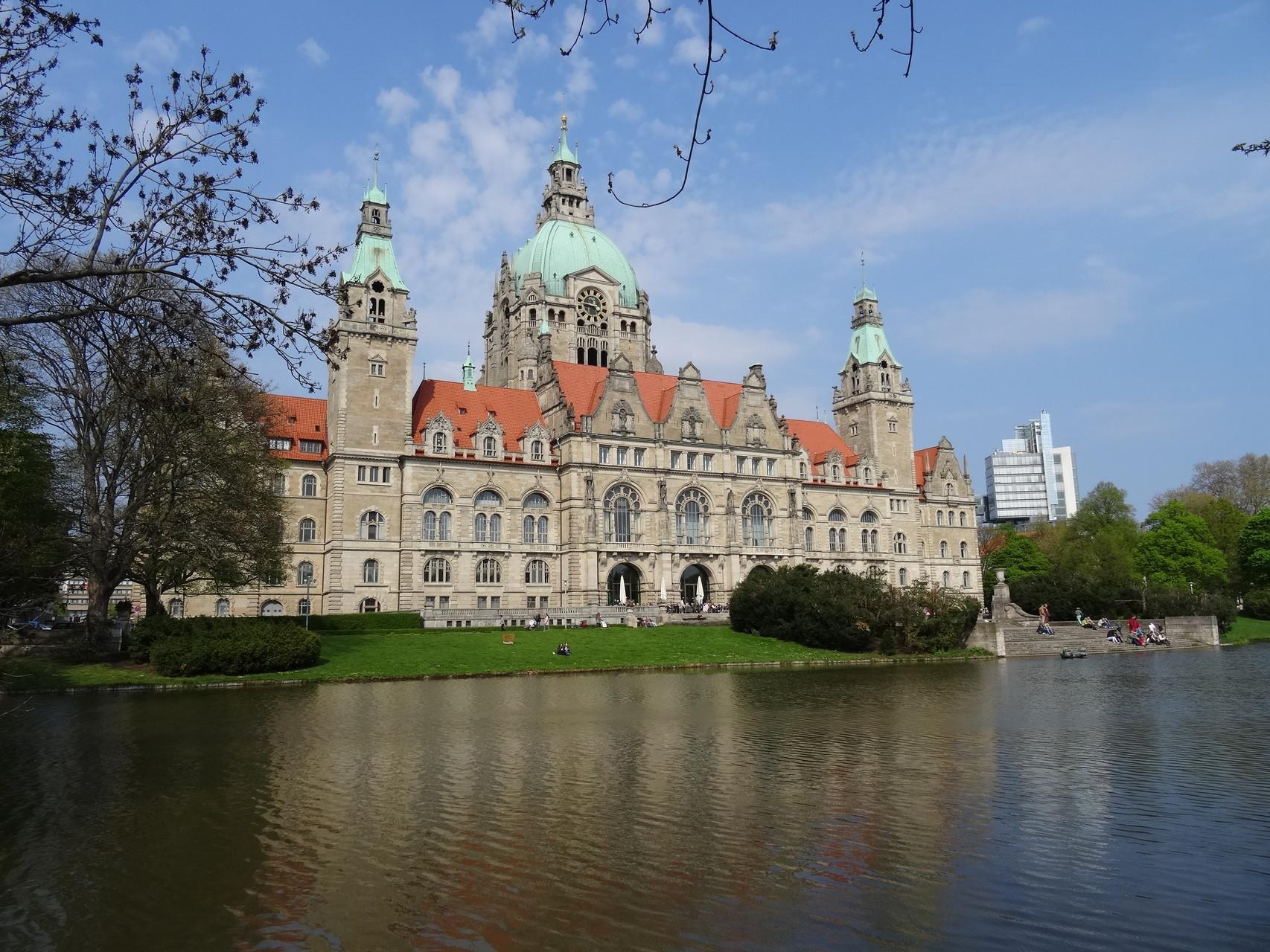 "Das ""neue"" Rathaus"