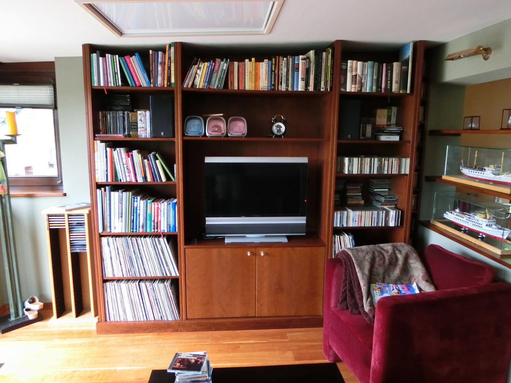 Holz-Wohnzimmerwand