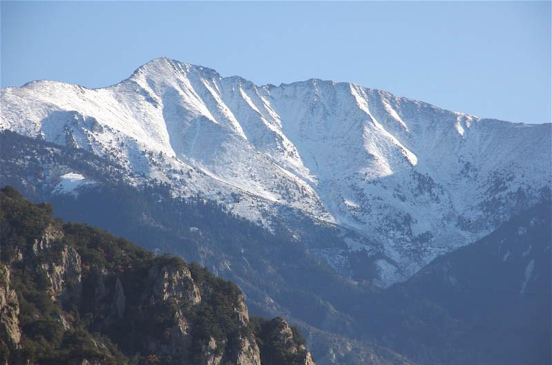 """""""The"""" Canigou. 2785 mètres s'il vous plaît ! Bon...quand le temps le permet..."""