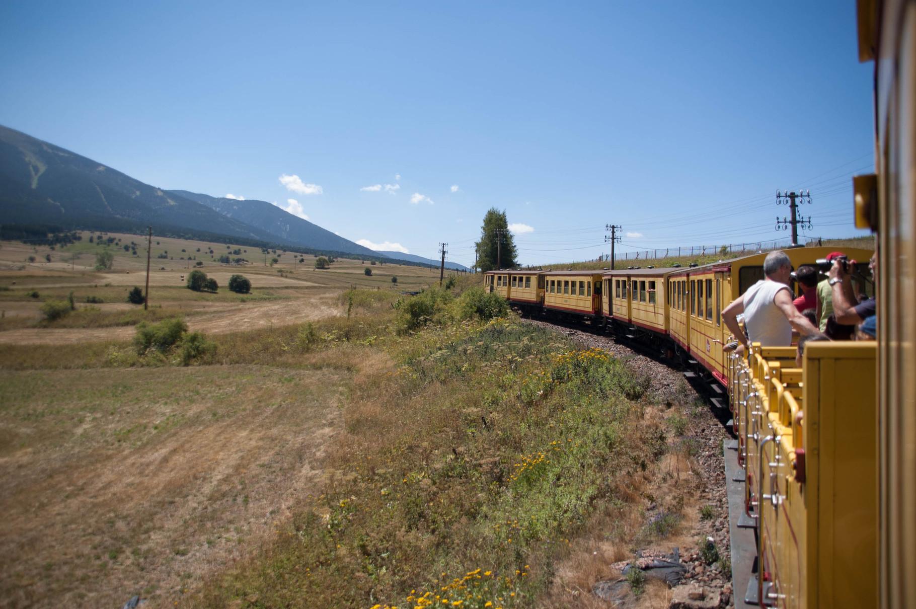 Vers Mont Louis avec le petit train jaune