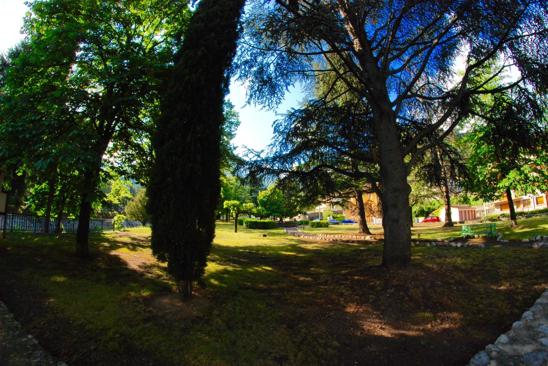le parc au pied du Palais