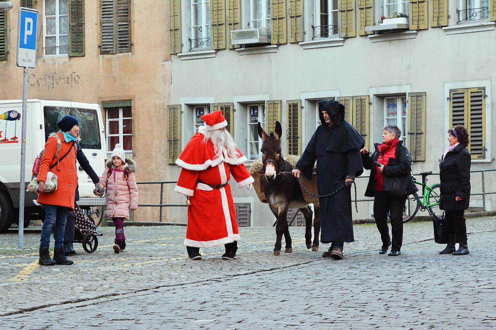 Der Esel wünscht sich einen Gassenbummel durch die Bieler Altstadt
