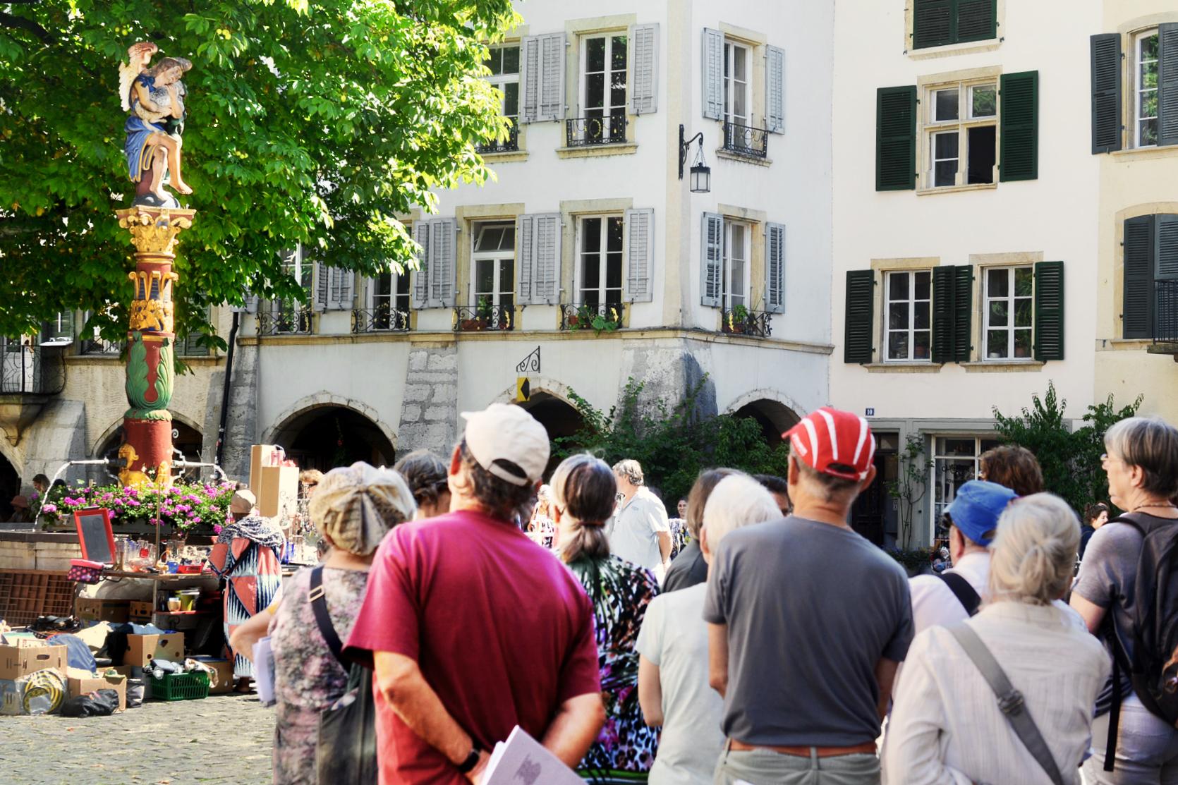 An der Obergasse steht der Engelsbrunnen,. 1563 floss hier erstmals Wasser.