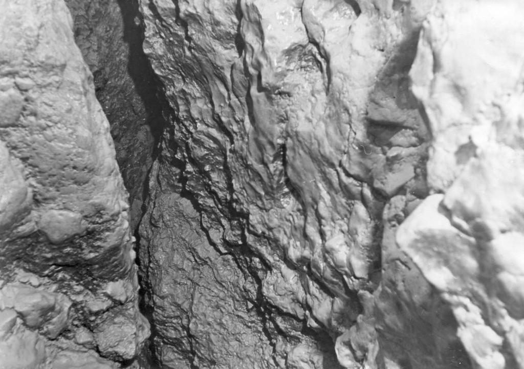 Grottenschlund, 1846 Fund von über 300 römischen Münzen