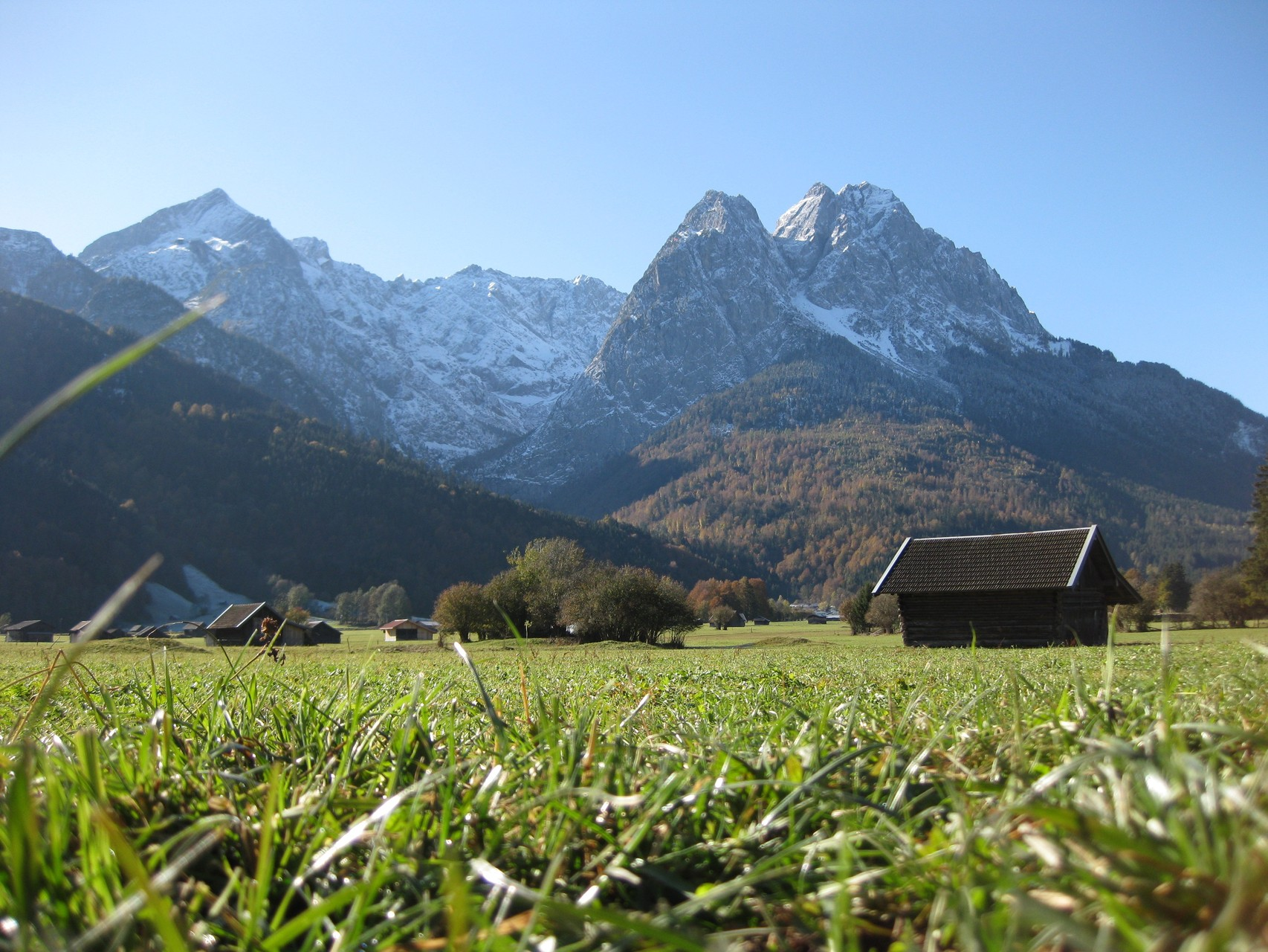 Mit dem Spirit of Mountains / www.wildnisgeist.de BewusstesNaturErleben in Garmisch-Partenkirchen , Exkursionen, Seminare, Bergwandern