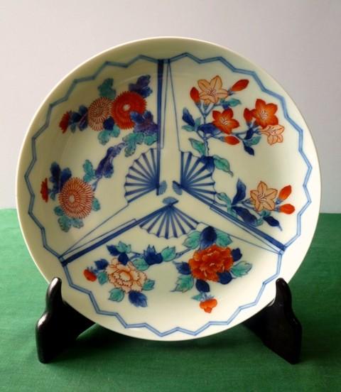 平皿の展示風景