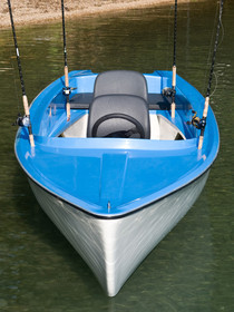 Boat with 17feet an 3 confortable seats