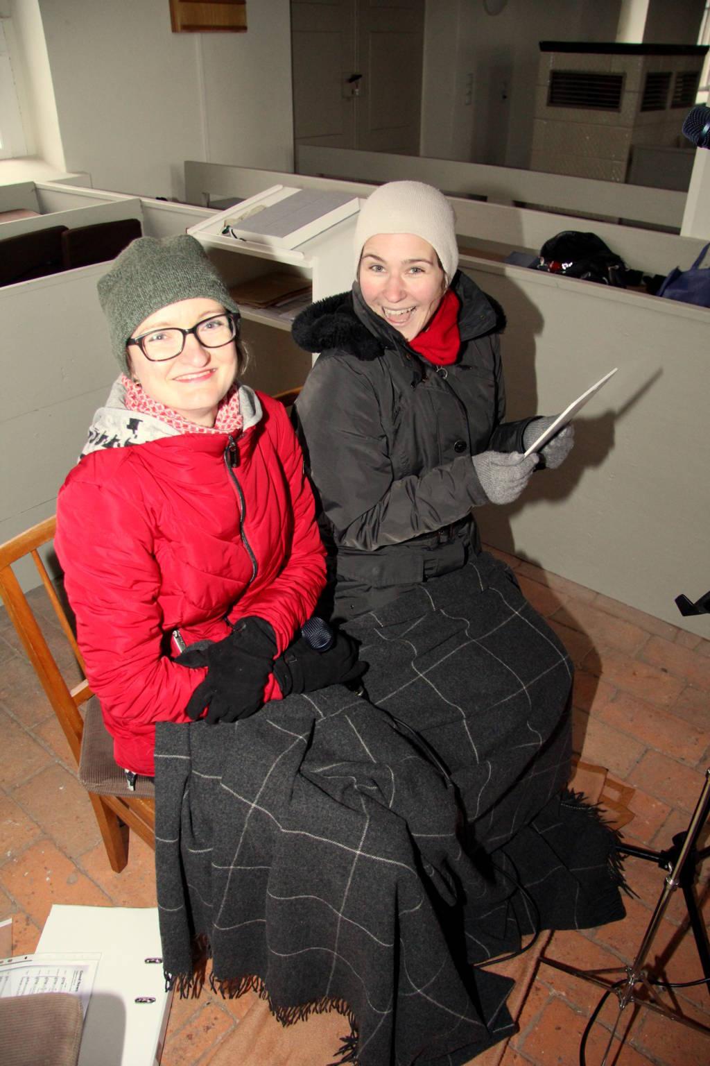 Alt: Antje und Sophie (und Jule hinter der Kamera)