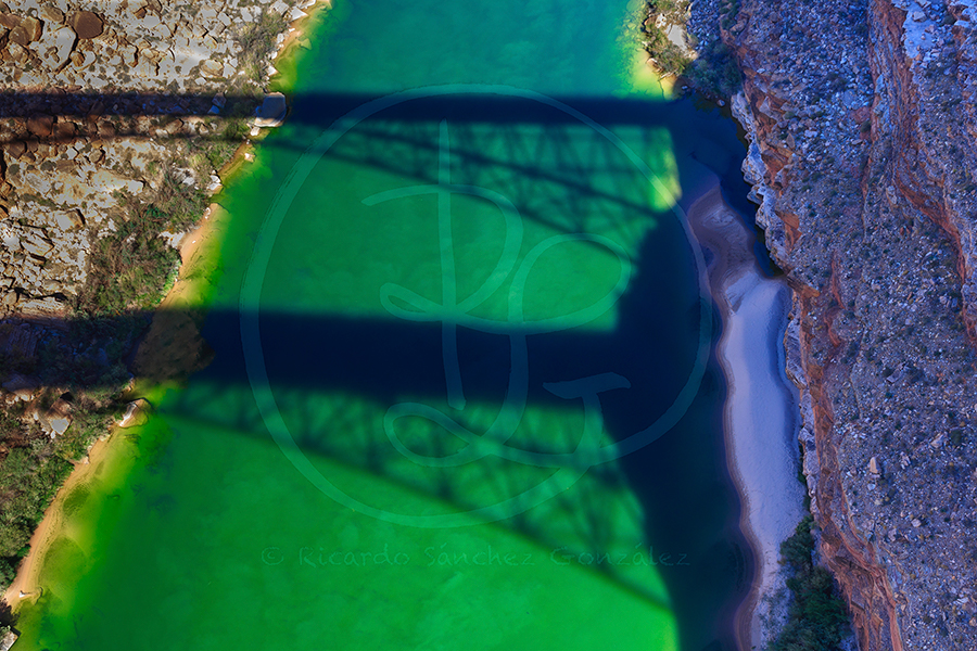 Navajo Bridge y Colorado River.