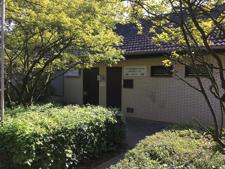 - Der Haupteingang | alternativ nutzen Sie die Terrasse für Ihren Empfang -