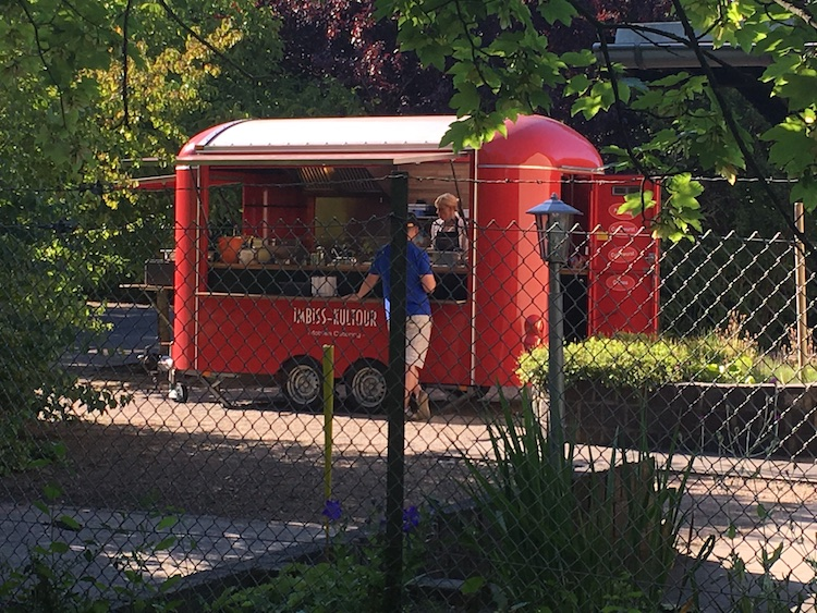 "Foodtruck von ""casacurrymobil.de"""
