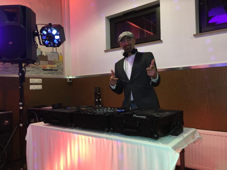 - DJ Vince / www.djvince.de