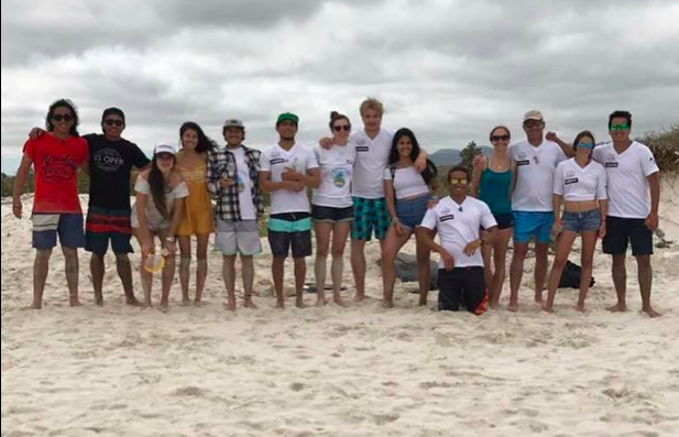 Beach clean up, Galapagos Shark Diving