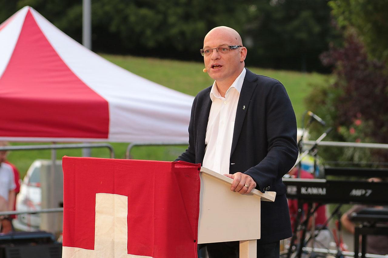Grossratspräsident Remo Gallacchi hält die 1.-August-Rede.