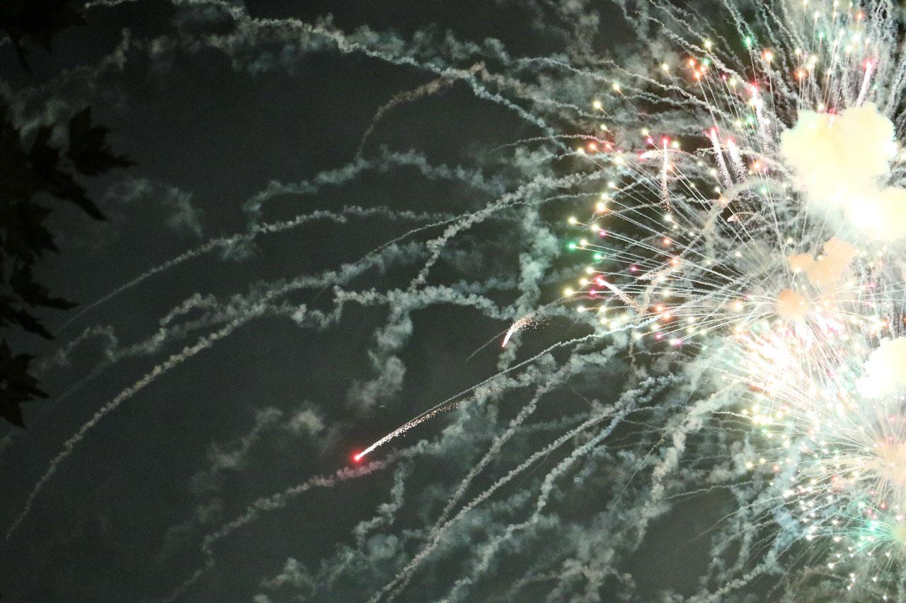 Höhepunkt nach Absingen der Landeshymne: das Feuerwerk!