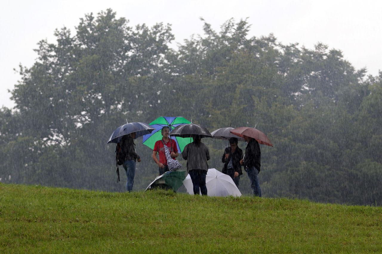 Regen, Regen, Regen - der Beginn ist nicht vielversprechend