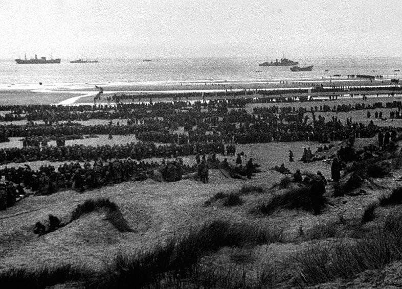 Si l'Angleterre parvient coûte que coûte a sauver son corps expéditionnaire de la captivité...