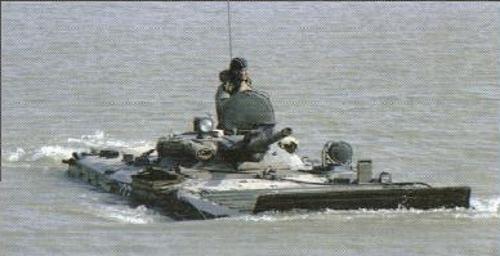 Sans beaucoup de préparation, le BMP-1 peut passer les coupures humides