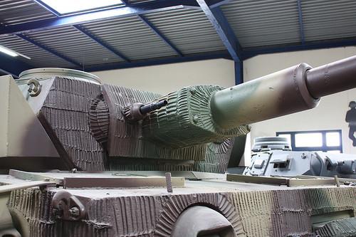 Ce Panzer IV, toujours du Musée des blindés, affiche un dessin plus rare avec crêtes verticales