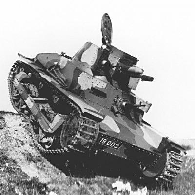 CKD propose son P-II-a, une version légèrement mieux blindée du LT vz.34