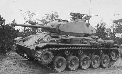 De conception classique, Le M24 Chaffee reprend les derniers progrès des chars américains