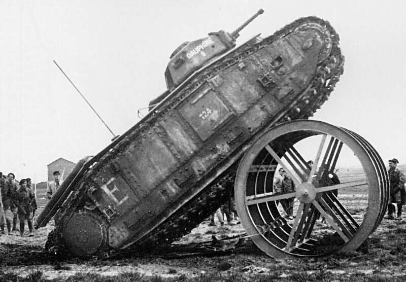 Le char lourd français B1 offre un bon compromis entre protection, mobilité et puissance de feu