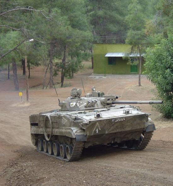 Malgré ses qualités, le BMP-3 reste un VCI de transition
